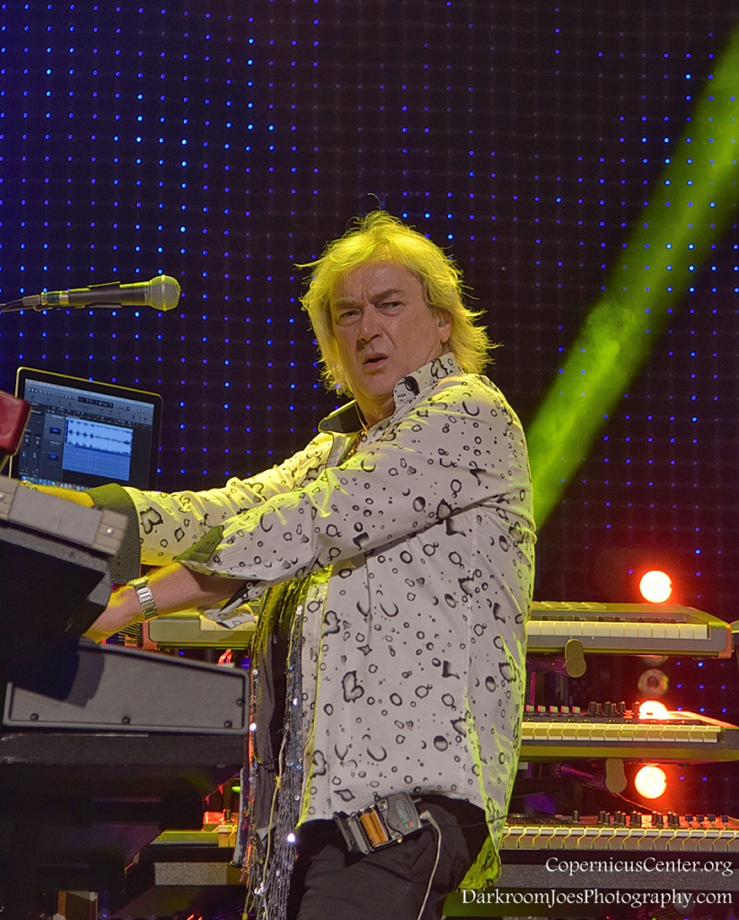 Copernicus Center Darkroom Joe's Photography YES Band Chicago Geoff Downes