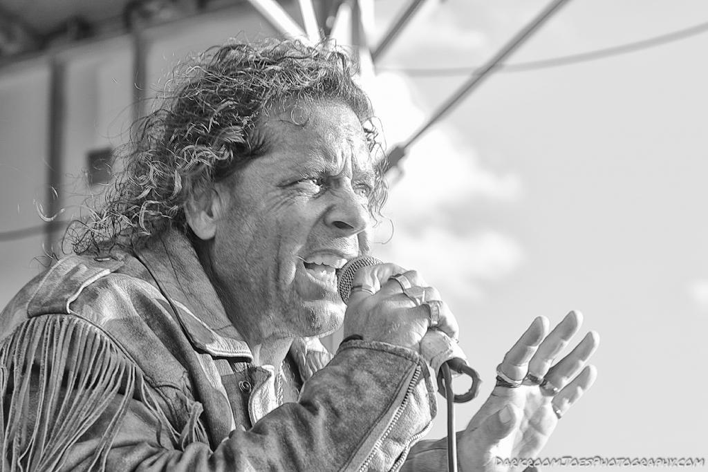 Who's Who Tribute Band Singer Darkroom Joe's Photography Edison Park Fest-20